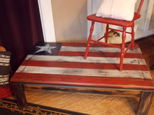 Flag coffee table is perfect for your Americana decor...even more perfect at just $98, was $142